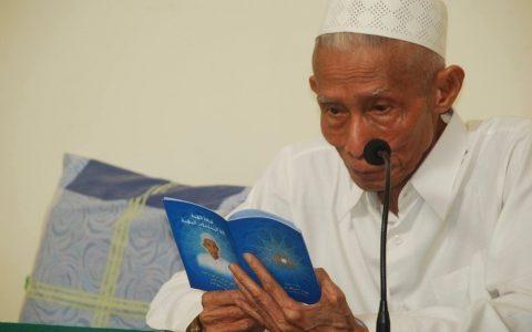 Hari Ini, Mengenang Wafatnya KH Sahal Mahfudh